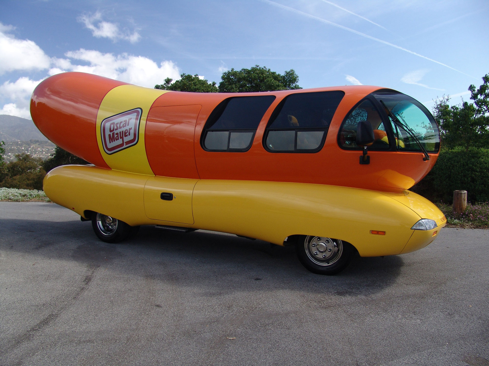 Start Your Engines You Can Now Lease The Oscar Mayer Weinermobile on oscar mayer food truck