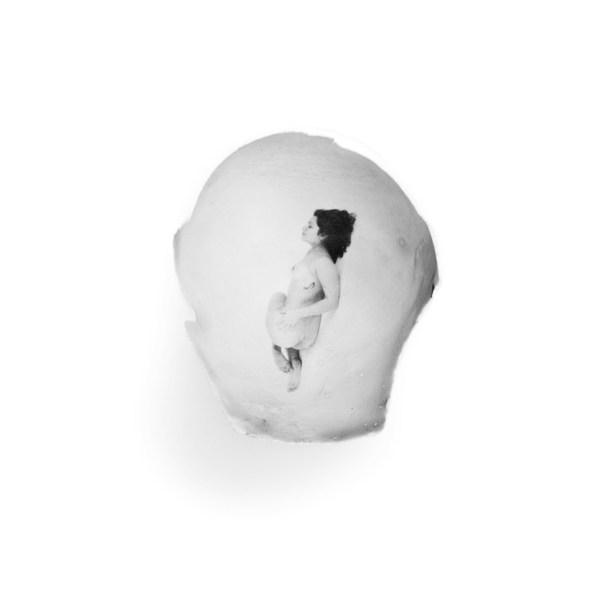 Nude Egg 004