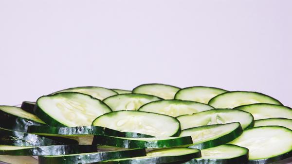 Cucumber-Peels-Ants-Pete