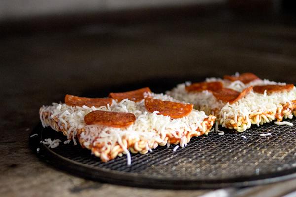 Ramen-Pizza-Oven-Pete