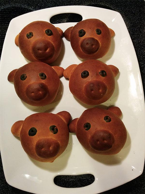 baby-pig-bread