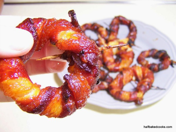 sriracha-bacon-onion-rings