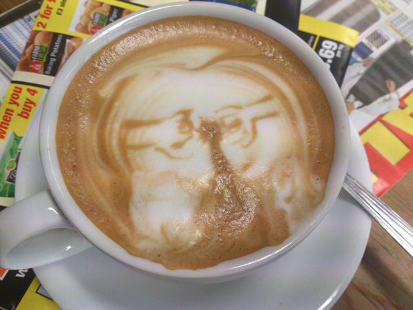 Barista-Latte-Art-08