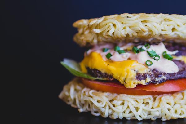 INO-Ramen-Burger