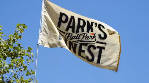 Ballpark-Flagpole