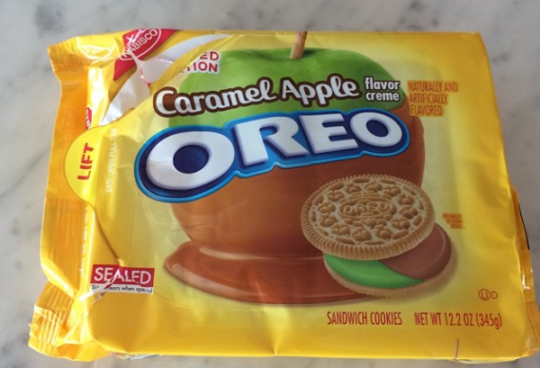 Caramel-Apple-Oreos