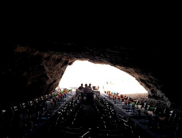 sea-cave-dinner