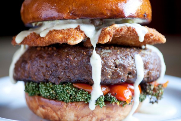 ravioli-burger
