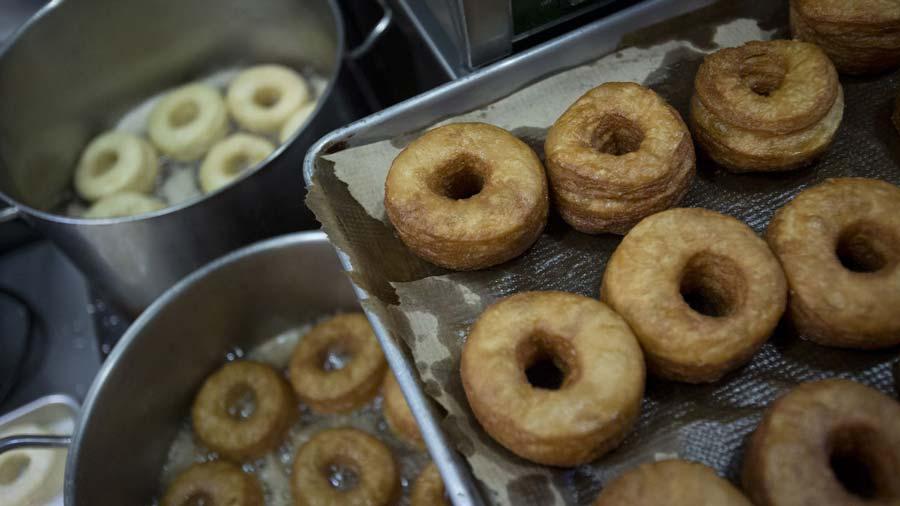 Croissant-Donut-Dunkin
