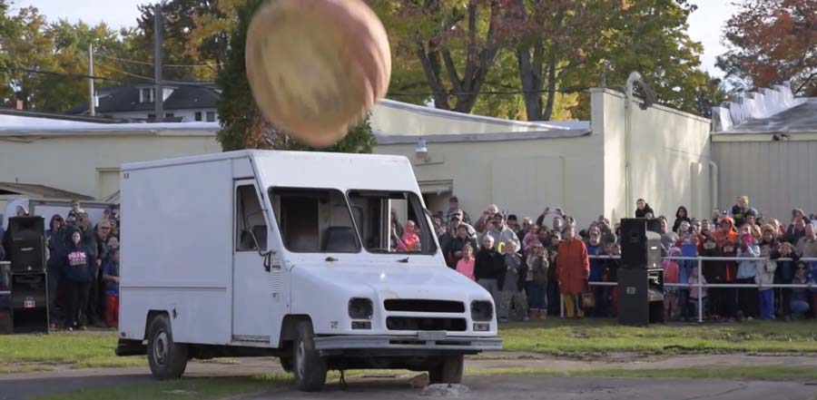 Here S What A 1 200 Pound Pumpkin Crushing A Truck Looks Like