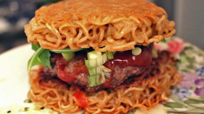 ramen-burger-6-e1413243584970