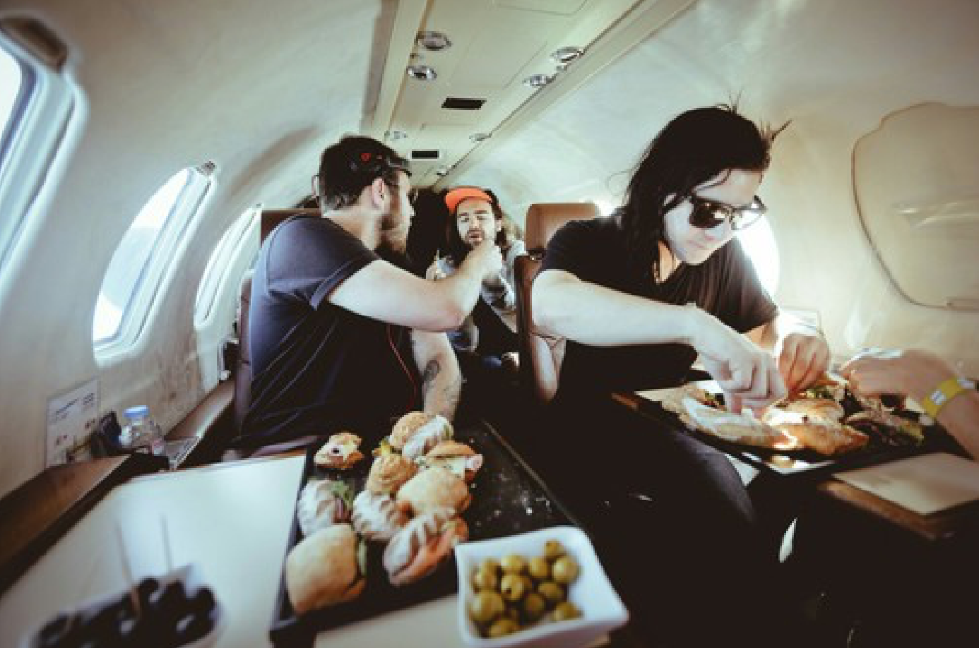 airplane-food