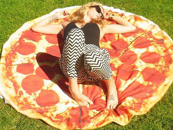 pizza-towel-595x447-sexy
