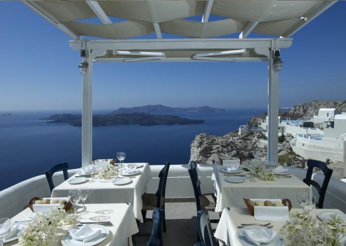 caldera-volcano-view-restaurant (1)