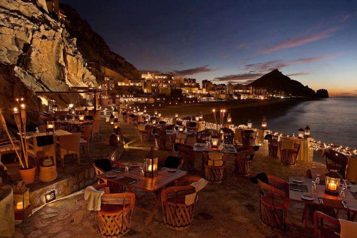 el-farallon-beach-restaurant-cabo-san-lucas (1)
