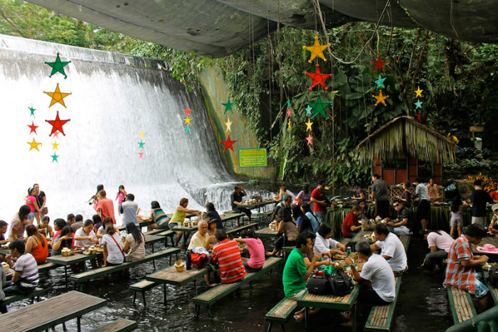 waterfall-restaurant-phillippines