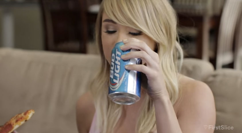 Watch Sara Underwood Sell Herself As A 'PERFECT GIRLFRIEND' With Pizza And Beer