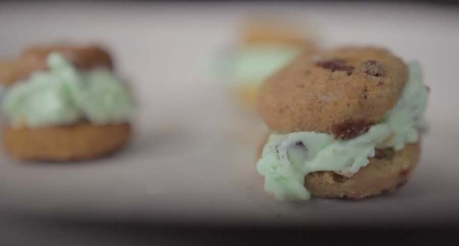 3 Ridiculously Cute Things To Do With Mini Cookies