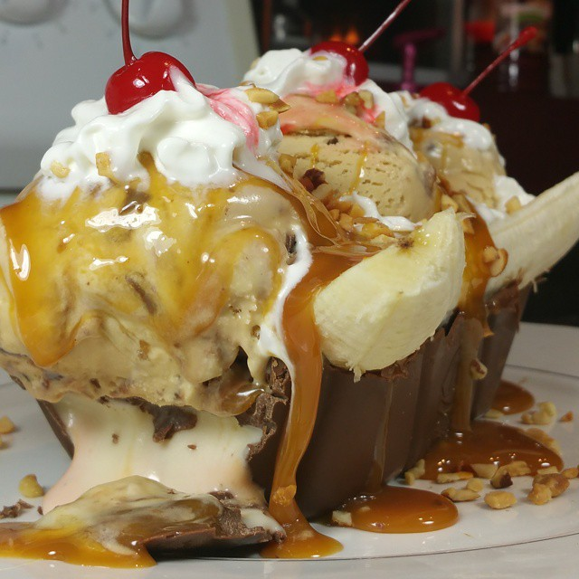 cadbury-egg-banana-split