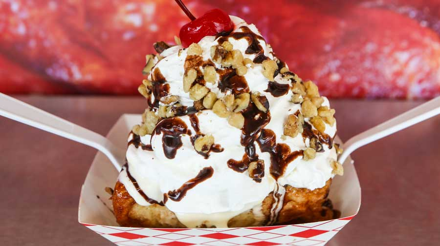 OC-Fair-Foods-Cinnamon-Roll-Sundae