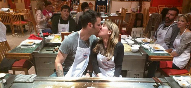 This Is The Most Unfortunate Restaurant Engagement Photo Ever