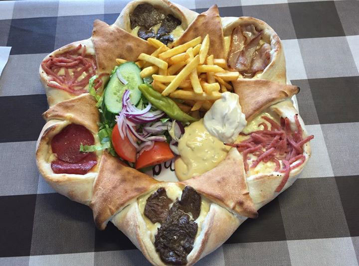 Why Everyone Is Suddenly Talking About This Crazy 'Vulkan' Pizza