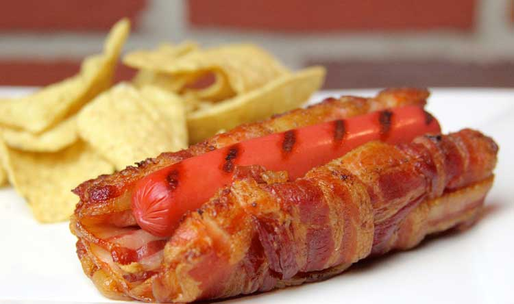This Jaw-Dropping Hot Dog Bun Is Made ENTIRELY Of Bacon