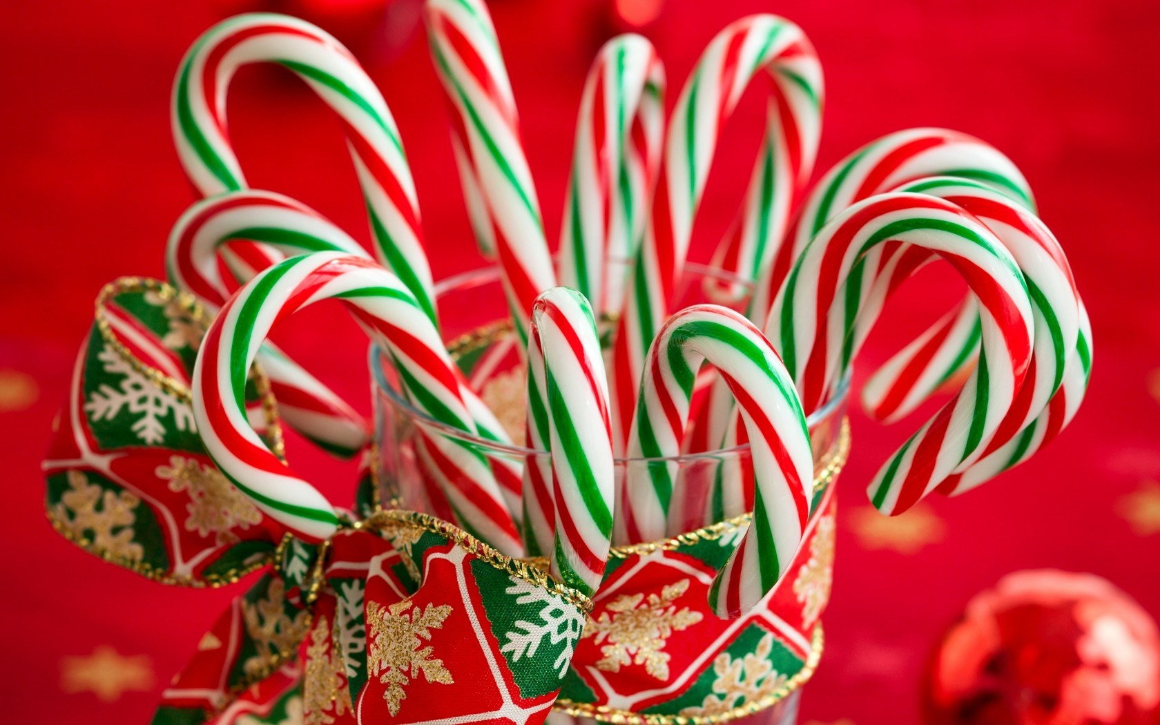 6970771-candy-canes-striped-christmas-new-year-holiday