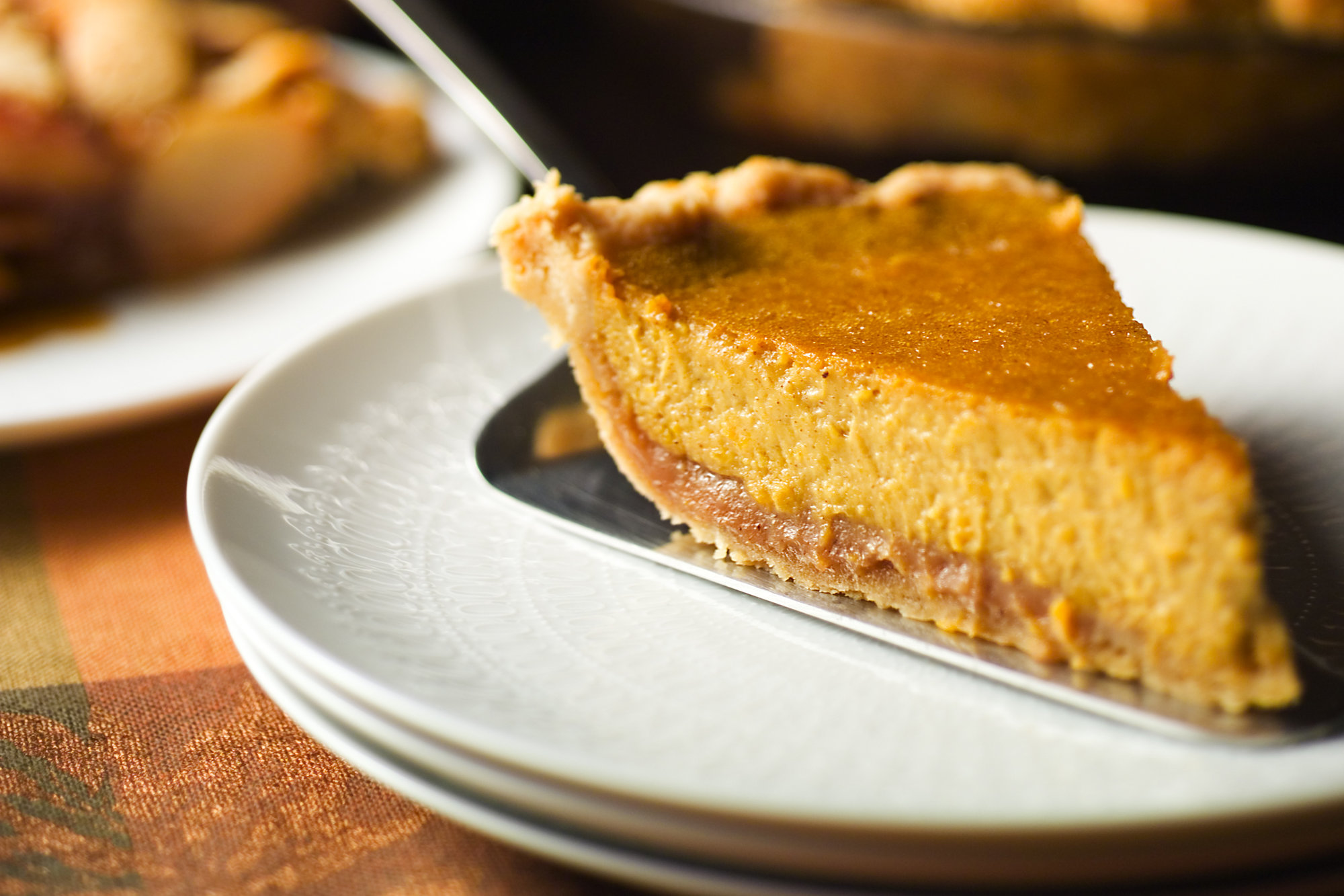 Pumpkin-and-Chestnut-Pie-superJumbo