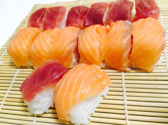 You Can Make Sushi In Minutes With An Ice Cube Tray