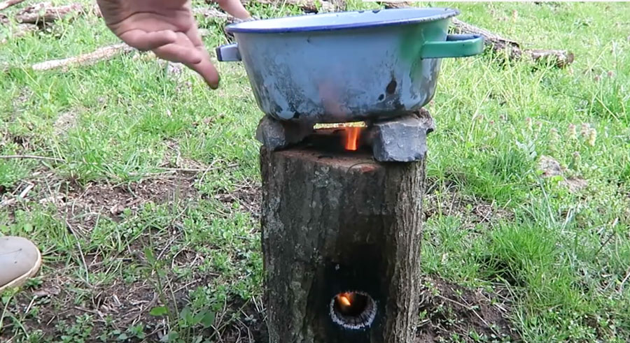 How To Make A Functioning Stove Out Of A Wood Log