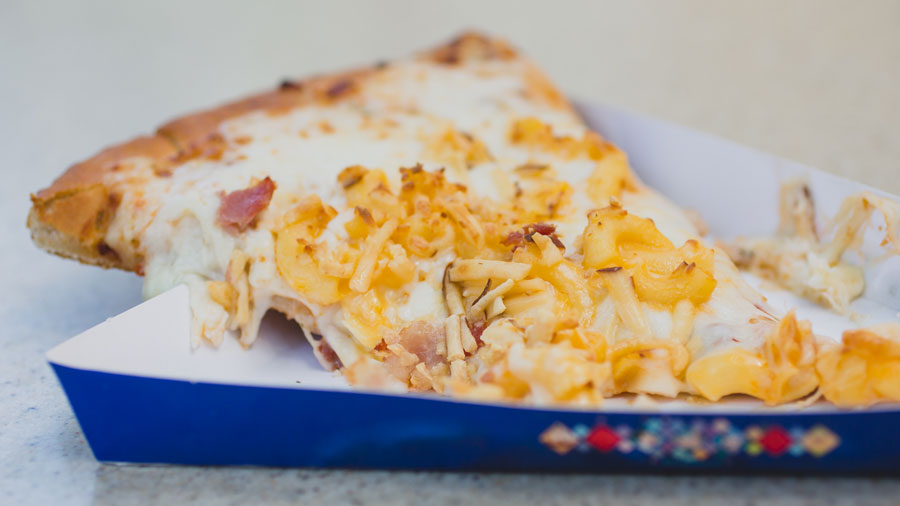 Disney-Mac-Cheese-Pizza-02