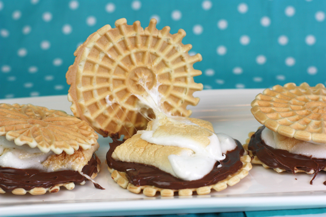 Pizzelle Smores