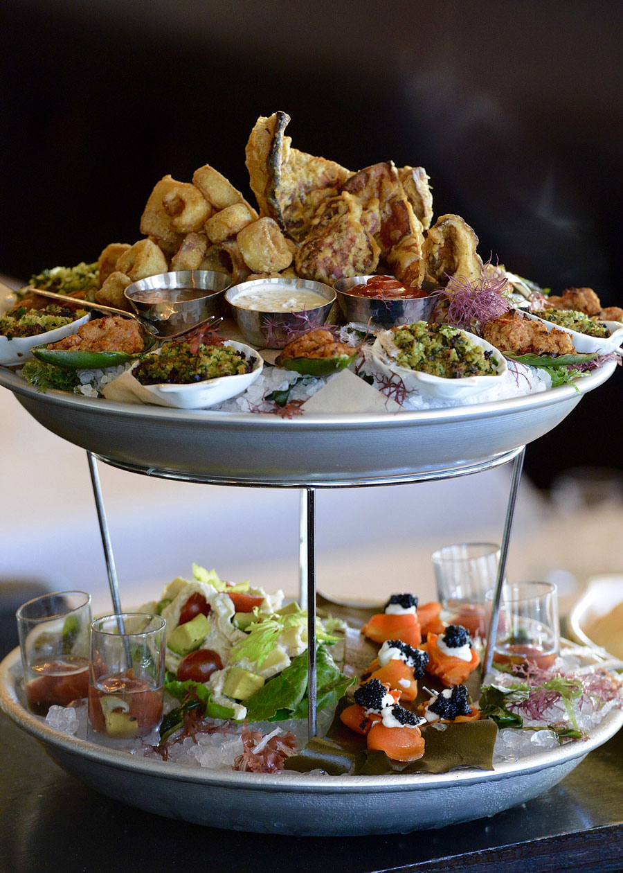 5 Stunning Seafood Towers That You Need To Try Before