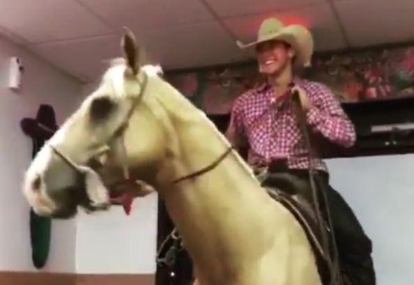 cowboy-taco-bell