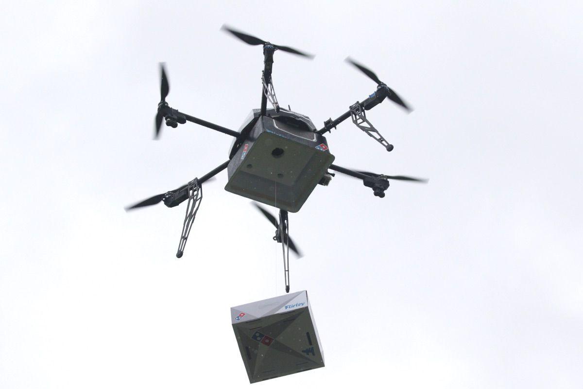 dominos-drone