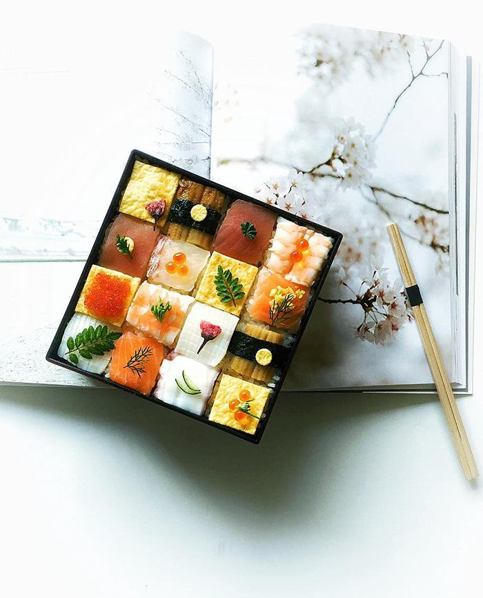 Mosaic Sushi 3