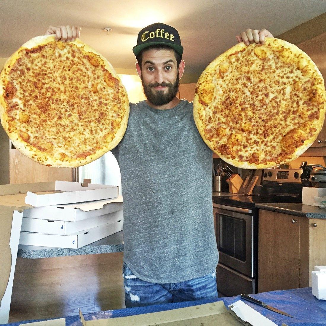 elkin_pizza-pong