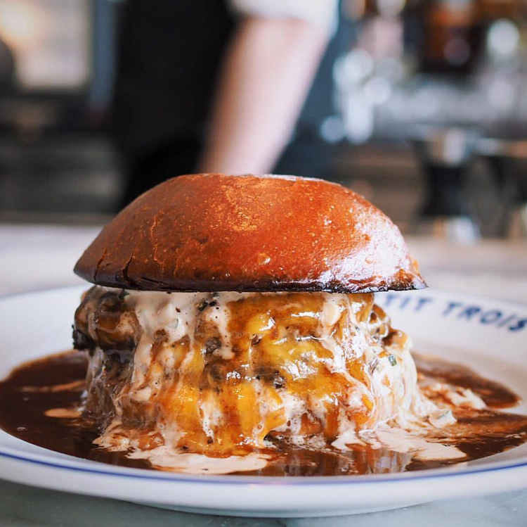 Best Burgers In Manhattan Beach