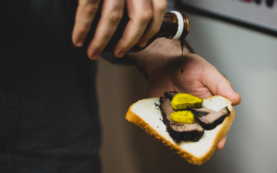 bbq-day-sandwich-01
