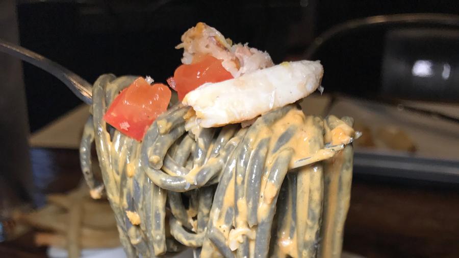 neptunes-seafood-noods-01