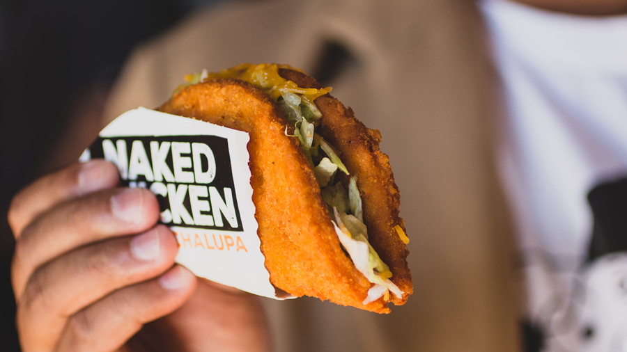 Taco-Bell-Naked-Chicken-Chalupa-STK-05