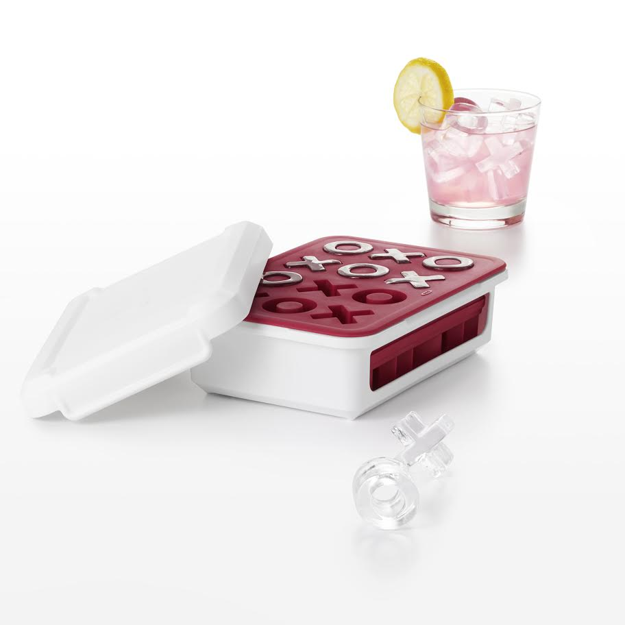 11154500_Covered Silicone Ice Cube Tray -XO's
