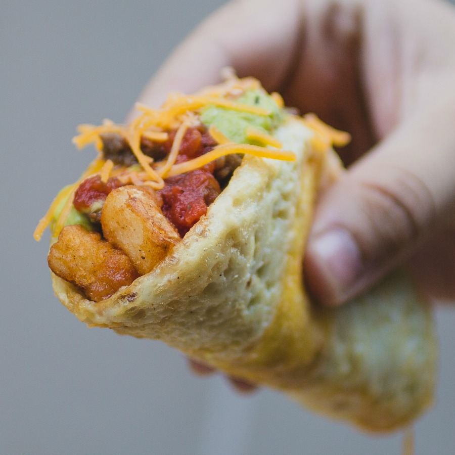 taco bell scandal Taco bell is airing new commercials to defend its beef recipe, the second stage of an effort to fight back against a lawsuit.