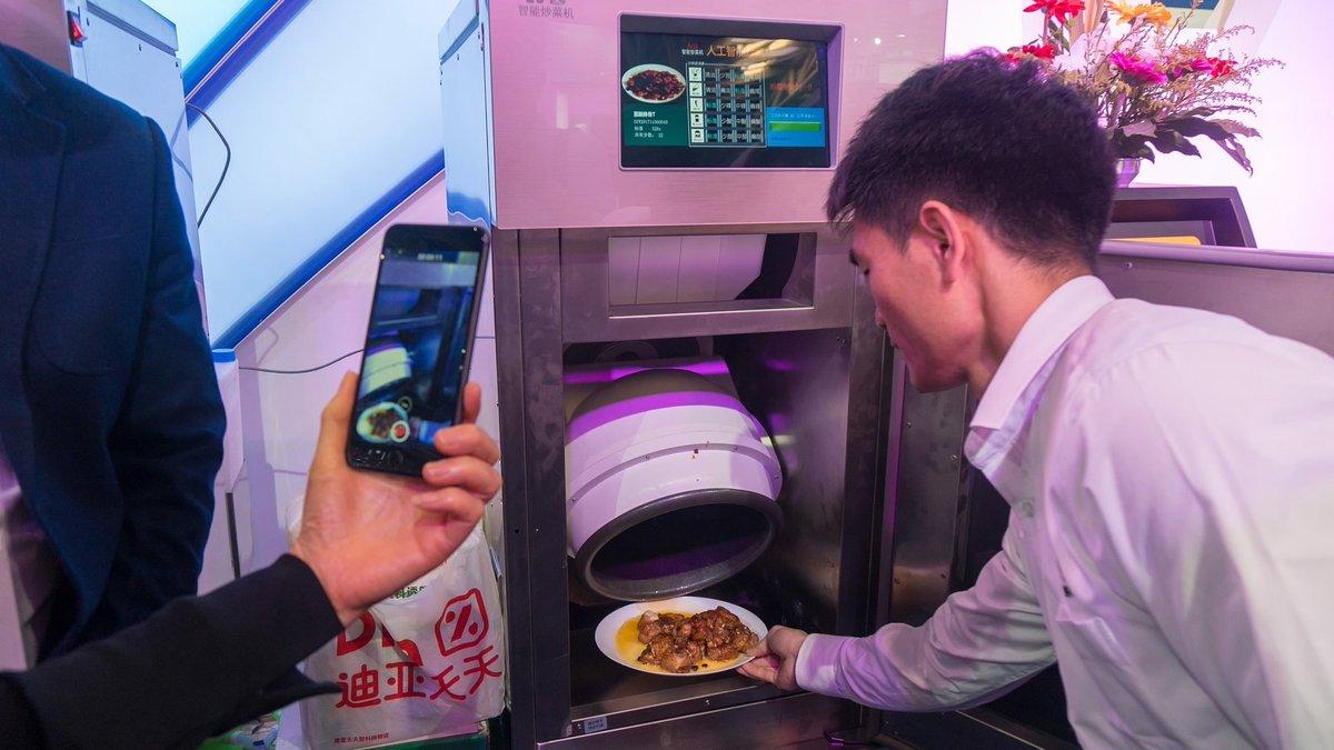 smart robot cooker