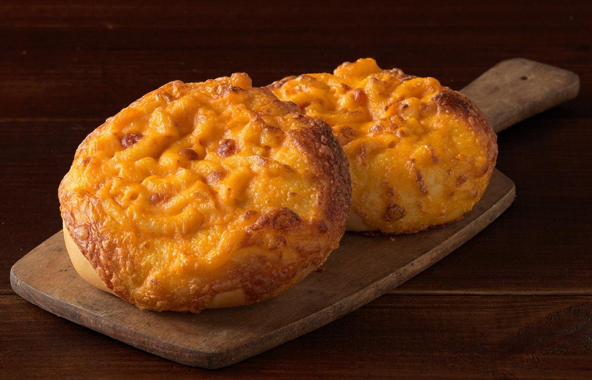 mac n cheese bagels