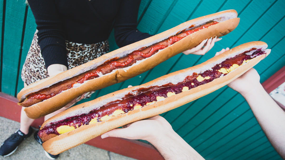 11 Must Try Foods At This Year S Knott S Boysenberry Festival