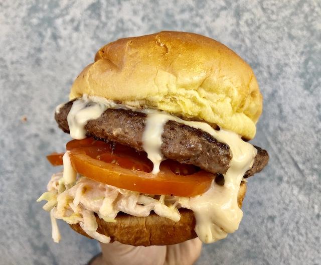 Jurassic Cafe_Isla Burger